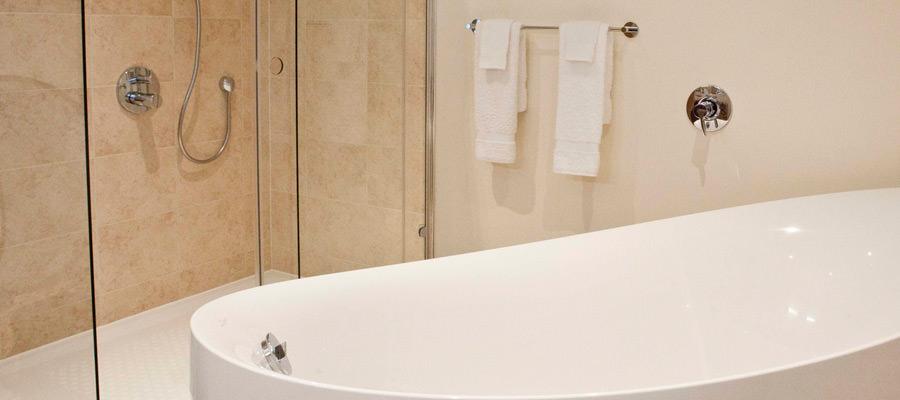 Suites Bathroom at The Hall Raithwaite Estate