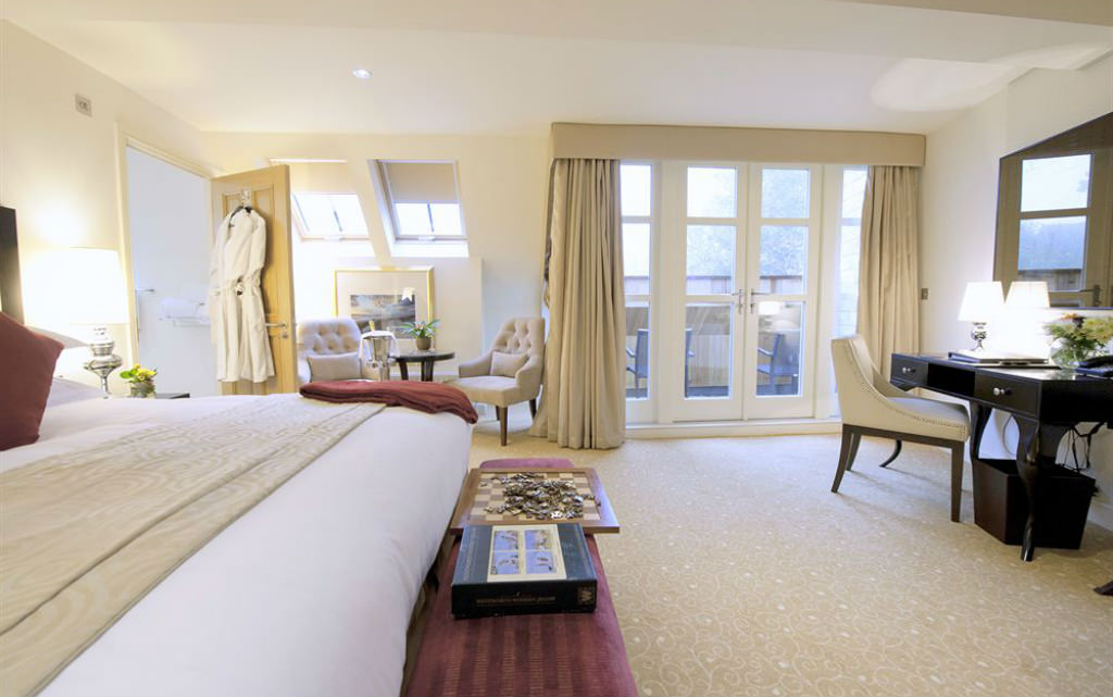Deluxe room at The Hall at Raithwaite Estate